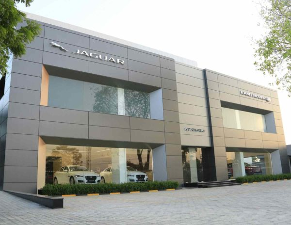 Jaguar Land Rover Extends Reach With New Dealership In Chennai (1)