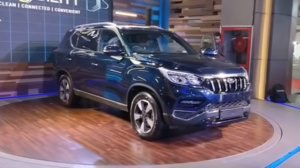 Mahindra XUV700 – SsangYong Rexton India Launch (1)