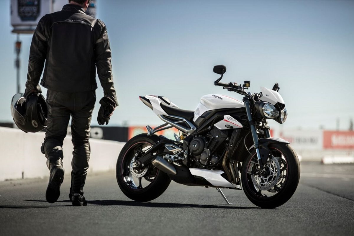 Triumph Street Triple RS – Crystal White (5)