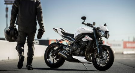 Triumph Street Triple RS - Crystal White (5)
