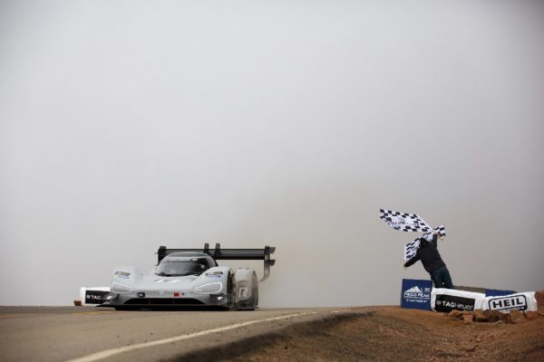 Volkswagen I.D. R Pikes Peak Now Aims For A New Record At Goodwood (5)