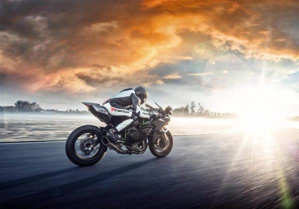 2019 Kawasaki Ninja H2R (3)