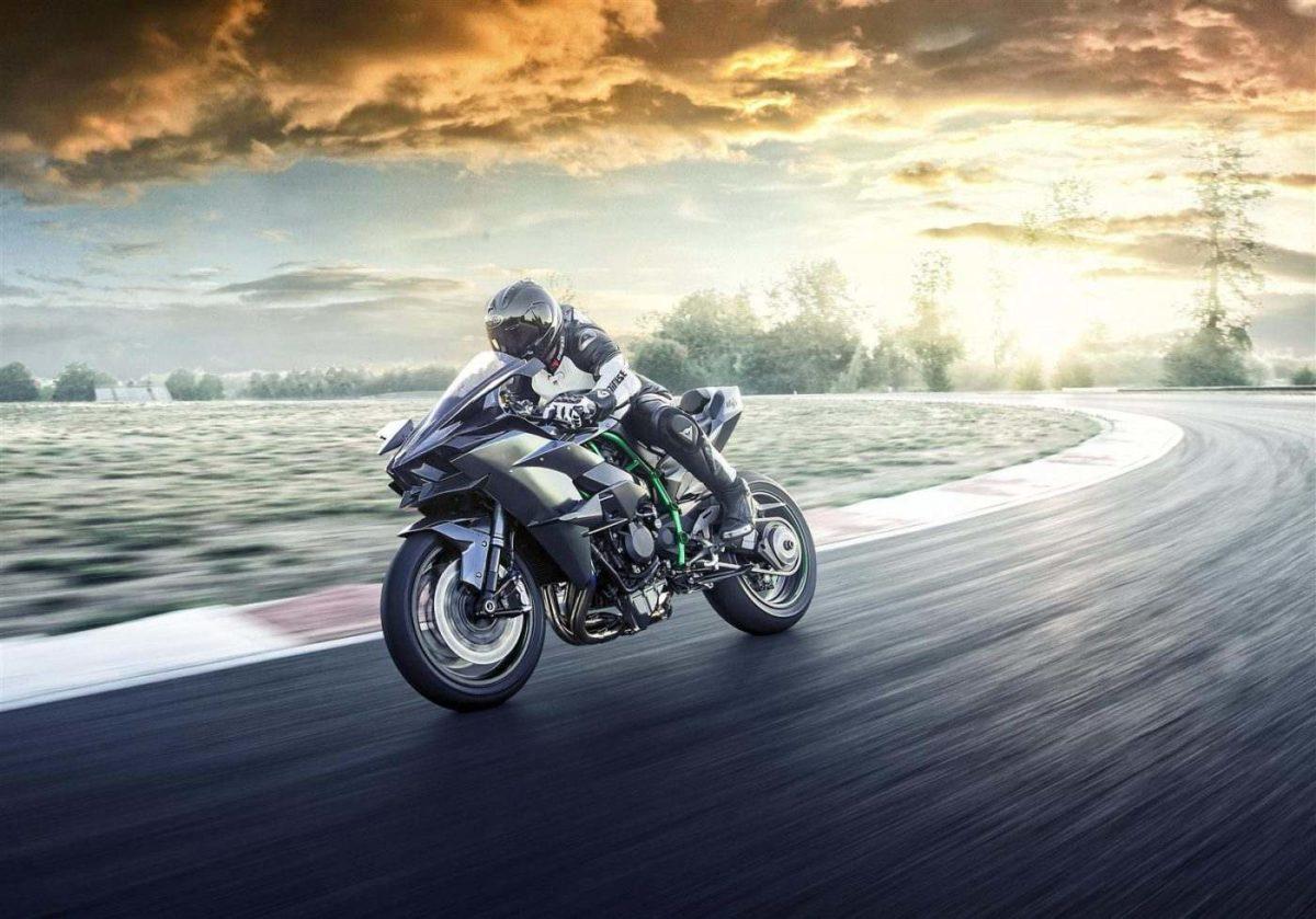 2019 Kawasaki Ninja H2R (4)