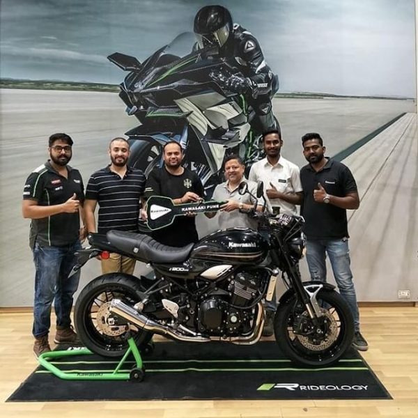 India's First Kawasaki Z900RS Black Delivered In Pune (1)