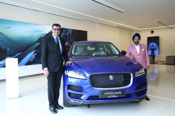 Jaguar Land Rover Opens New Retailer Facility At Jaipur Marriott Hotel (1)