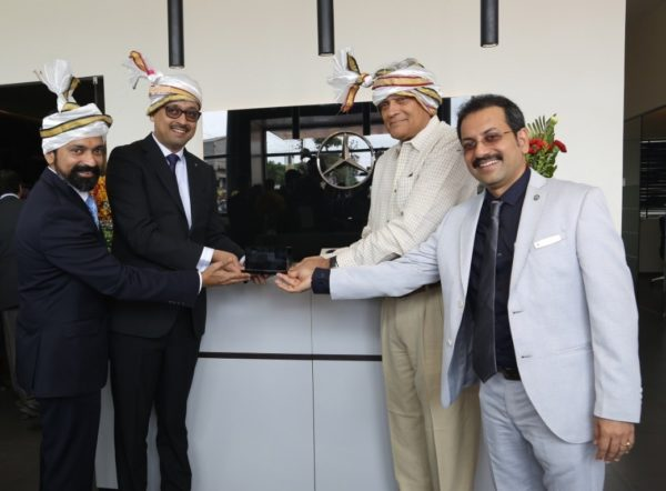 Mercedes Benz Inaugurates One Of Largest Luxury Car Service Facility In South India (1)