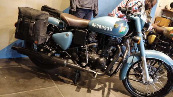 Royal Enfield Classic Signals launch blue side