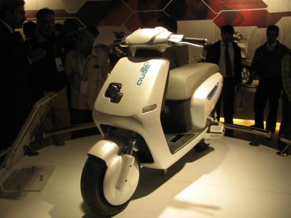 TVS Qube – Auto Expo 2010 (1)