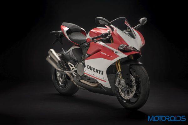 Ducati PANIGALE CORSE side quarter