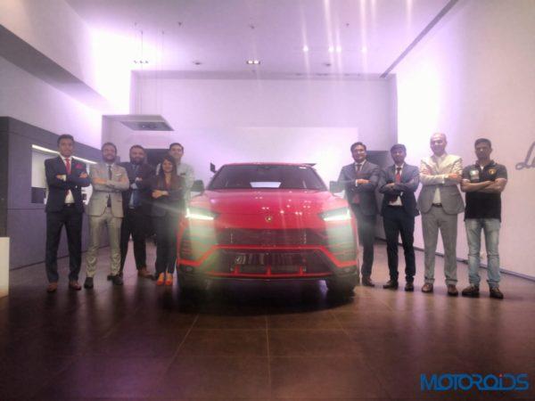 Lamborghini Urus first in india front with teeam