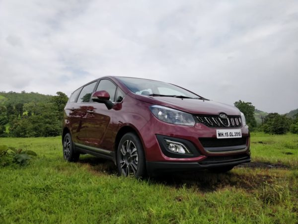 Mahindra Marazzo Launch left exterior