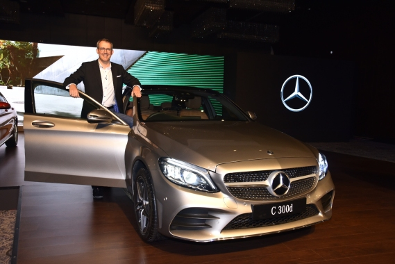 Mercedes new c class launch front door open