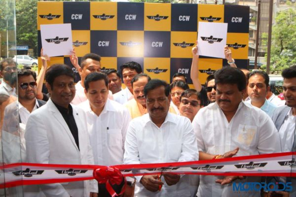 Mr. Ganesh Naik(Centre) at the CCW Vashi inauguration with CCW management