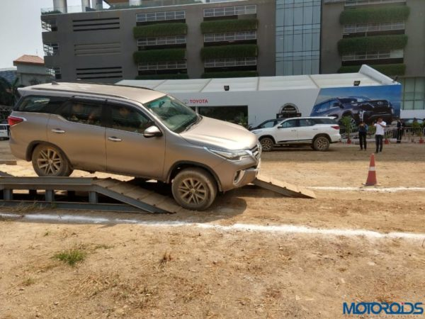 Fortuner off road camp articulation exit