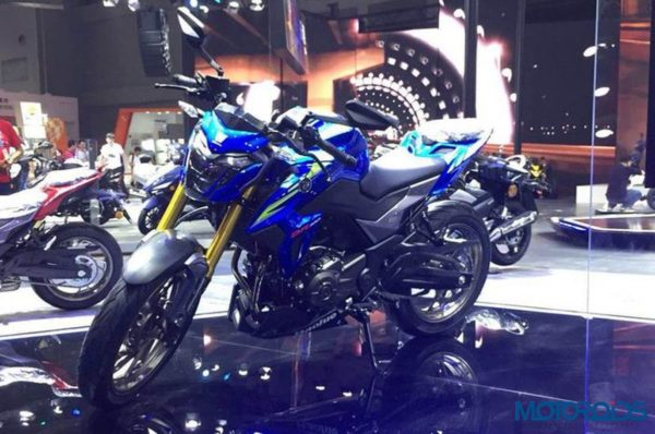 Houje DR300 Blue Front Three Quarter