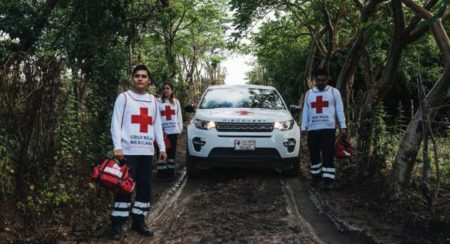 Land Rover Supports Red Cross to Provide Help at Hard to Reach Locations