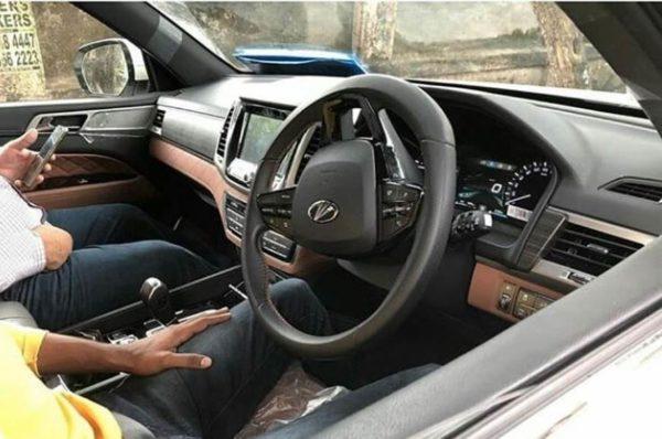Mahindra XUV 700 interior spie