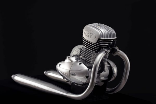 New 2018 Jawa 300cc engine (1)