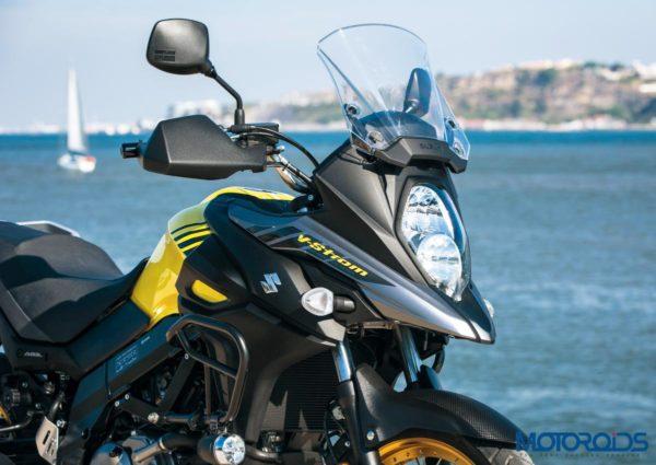 2018 Suzuki V-Strom 650 XT ABS Black & Yellow Headlamp
