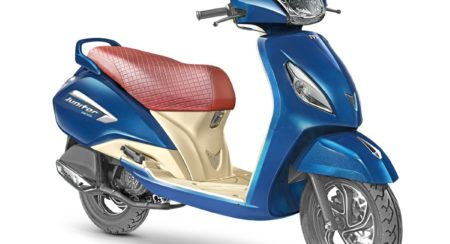 TVS Jupiter Grande Front Three Quarter