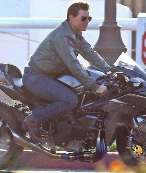 Tom Cruise Kawasaki H2 front