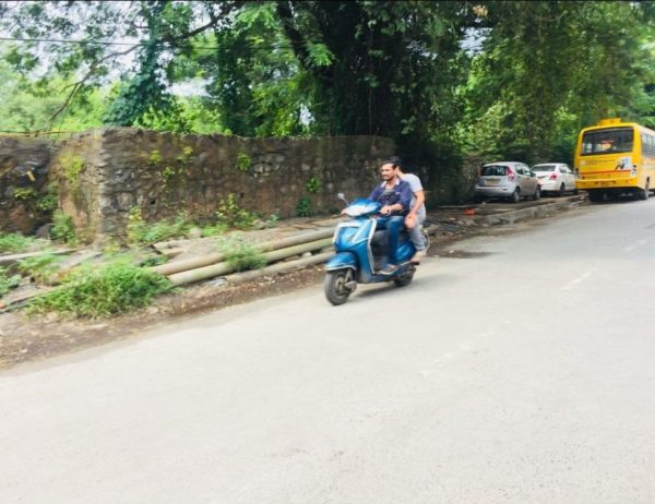 Wrong side driving in India (4)
