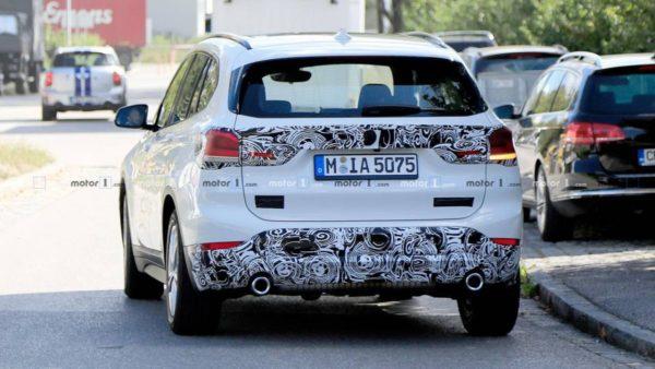BMW X1 Facelift Spy Shot exterior rear