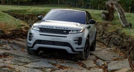 2019 Range Rover Evoque off road front