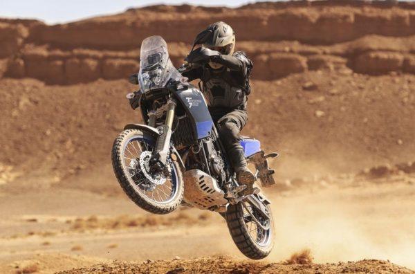 2019 Yamaha XTZ700 Wheelie sand