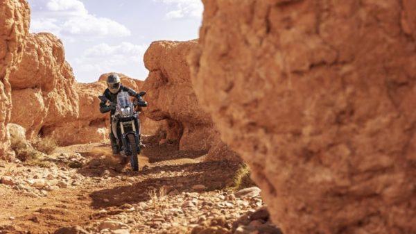 2019 Yamaha XTZ700 rocks