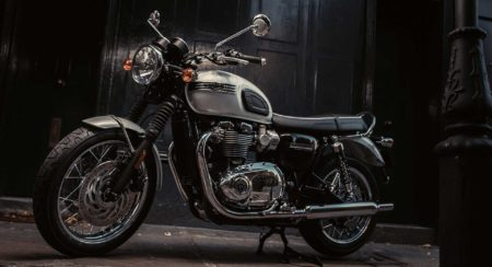 2019-triumph-bonneville-t120-ace-and-diamond