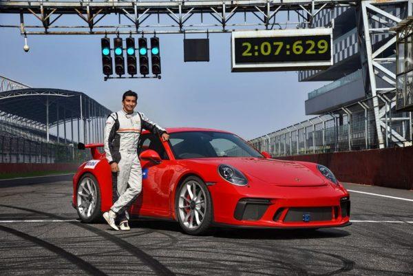 911 GT3 sets lap record 5