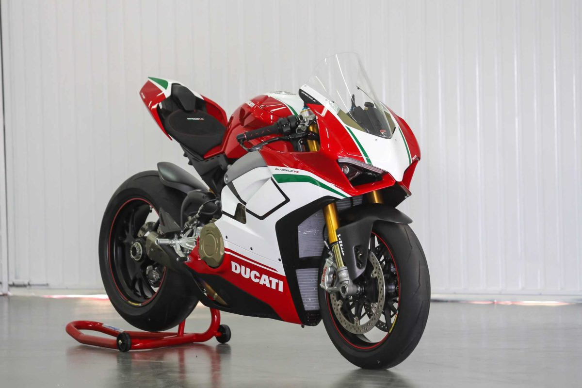 First Panigale V4 Speciale delivered paddock