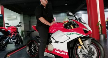 First Panigale V4 delivered featured