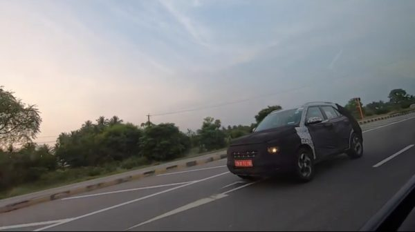 Hyundai Carlino spy shot rolling on arrow