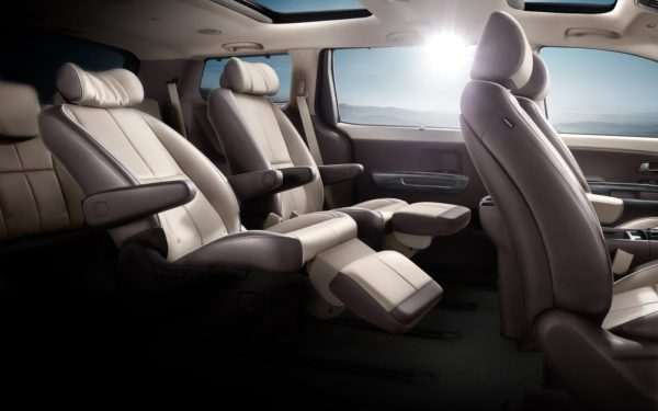 Kia grand Carnival MPV Second Row seats