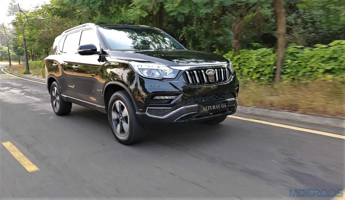 Mahindra Alturas G4 in motion
