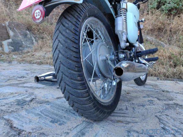 Jawa 42 rear tyre(40)