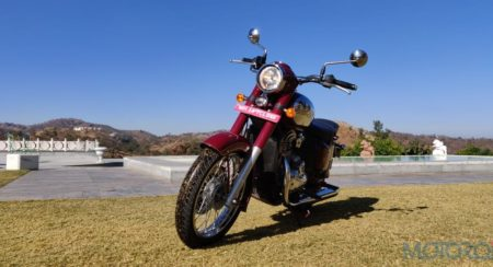 The Jawa Shows Off Its Retro And Shines In A Shade Of Wine – 50+ Images & Video