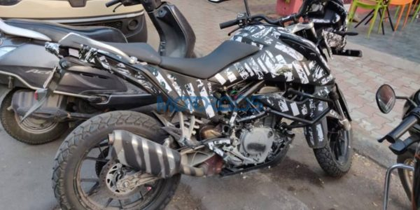 KTM Adventure 390 spied side