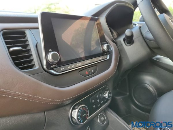 Nissan Kicks Media Drive touchscreen