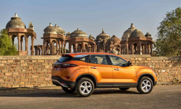 Tata Harrier side view (2)