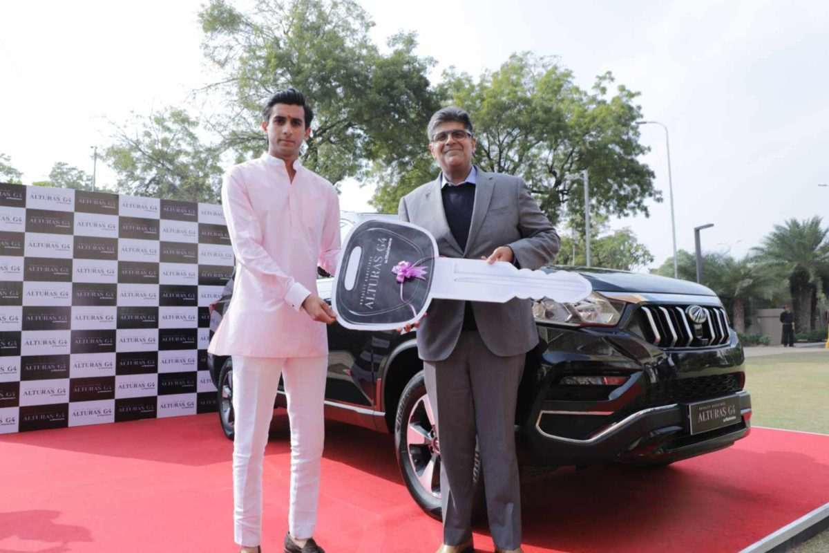 Alturas G4 presented to His Highness Maharaja Sawai Padmanabh Singh of J… (1)