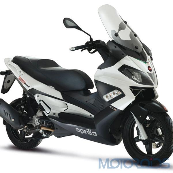 Aprilia SR_MAX300_white (3)