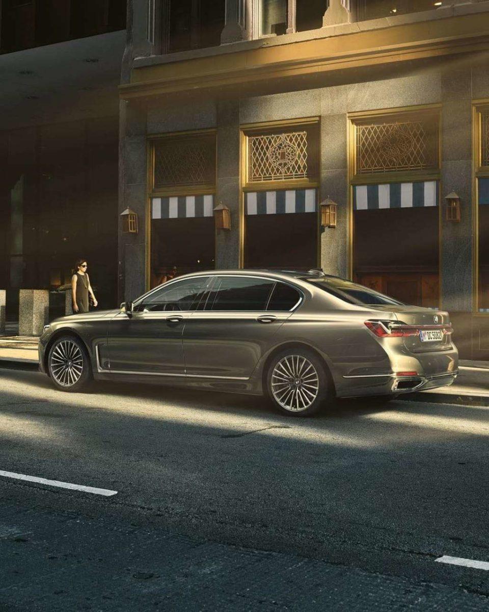 BMW 7 series facelift side quarter