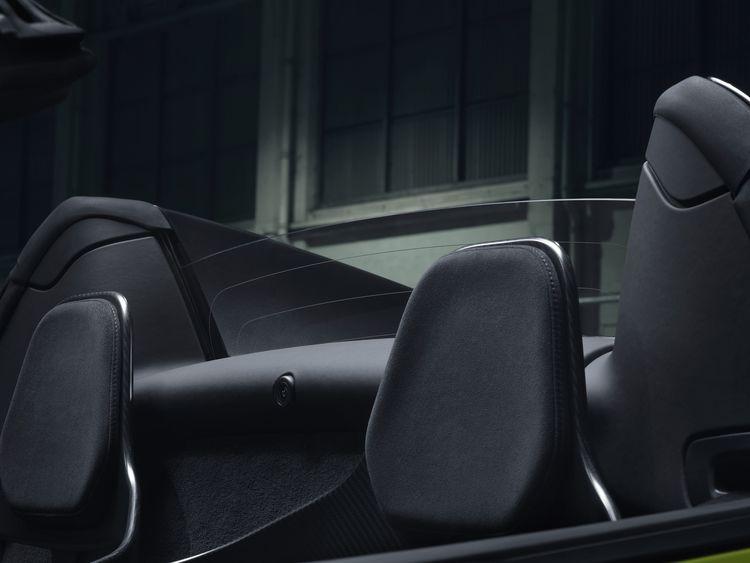 McLaren 600 LT Spider hearests