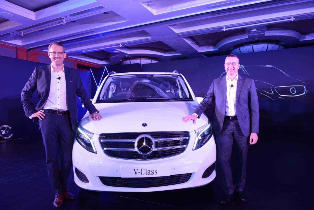 Mercedes Benz V Class launch white front (1)