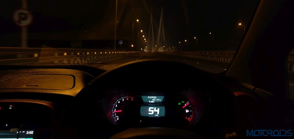 Renault Captur Petrol Mileage