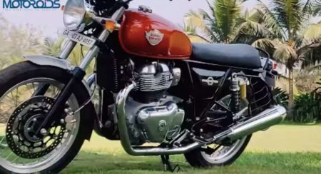 Royal Enfield Interceptor 650 side quarter low (1)