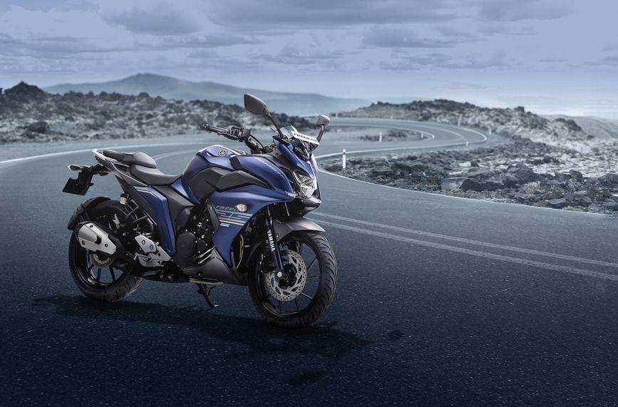 Yamaha Fazer 25 ABS quarter